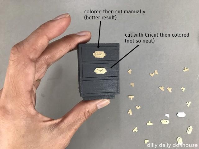 comparison of manual-cut and Cricut-cut