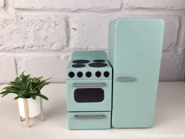 retro dollhouse stove and fridge 1:12 scale